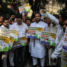 Indijoje prieštaringai vertinamas pilietybės įstatymas paskatino protestus