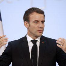 Prancūzija pratęs karantiną, E. Macronas kreipsis į šalies gyventojus