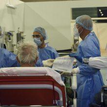 Italijoje per parą patvirtinti 16 168 nauji COVID-19 atvejai, mirė 469 žmonės