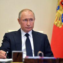 """V. Putinas: Rusija turi išlikti """"galinga kosmoso srityje"""" XXI a."""
