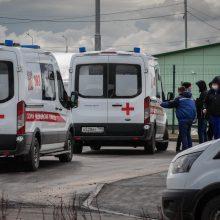 Rusija svarsto sušvelninti karantiną, nors rekordiškai daugėja COVID-19 atvejų