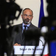 Prancūzijos premjeras žada kelti atlyginimus sveikatos sistemos darbuotojams