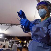"""Šveicarijoje aptiktas """"braziliškosios"""" atmainos koronavirusas"""