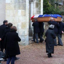 Kuklios ceremonijos metu palaidotas buvęs Prancūzijos prezidentas V. Giscard