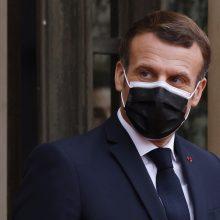 E. Macronas: Britanija privalo apsispręsti dėl politinių ryšių su ES