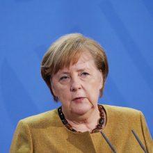 A. Merkel aptarė su A. Babišu įtemptus santykius su Rusija po diplomatų išsiuntimo