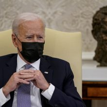 JAV prezidentas J. Bidenas įspėjo V. Putiną dėl Ukrainos