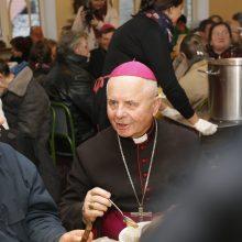 Seimo pirmininkas sveikina S. Tamkevičių tapus kardinolu