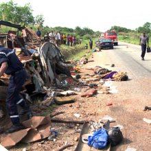 Malyje susidūrus autobusui ir sunkvežimiui žuvo 37 žmonės