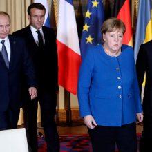 """Kijevas pasisako prieš Luhansko ir Donecko įtraukimą į derybas """"Normandijos formatu"""""""