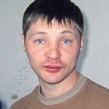 Nusikaltėlių gaujos vadą už 13 žmogžudysčių nuteisė kalėti 24,5 metų