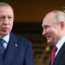 """V. Putinas sveikina """"kompromisus"""", pasiektus derybose su R. T. Erdoganu"""