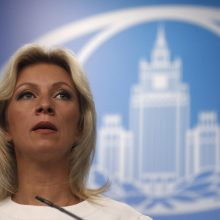 Maskva: Rusijos kariniai manevrai prie Ukrainos sienos niekam nekelia pavojaus