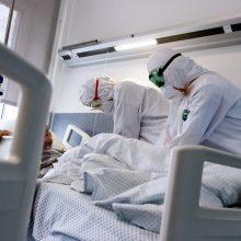 Praėjusią parą nuo koronaviruso mirė 50–99 metų žmonės