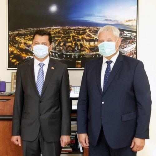 V. Grubliauskas susitiko su Moldovos ambasadoriumi: kalbėjo apie glaudesnius ryšius  © Vytauto Liaudanskio nuotr.