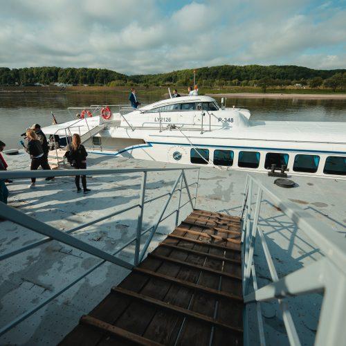 """Legendinė """"Raketa"""" pirmą kartą į Nidą išplaukė su keleiviais"""