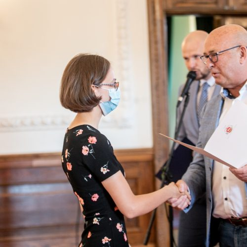 Kauno rotušėje pagerbti geriausi miesto abiturientai  © Justinos Lasauskaitės nuotr.