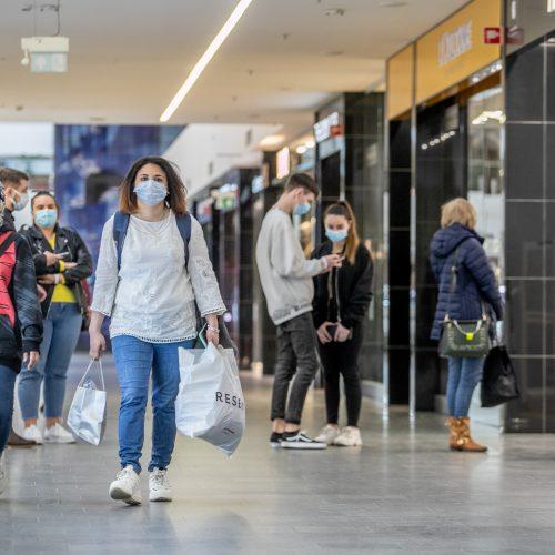 Kas vyksta Kauno prekybos centruose?