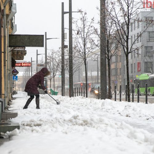 Po gausaus snygio Kaune – sudėtingos eismo sąlygos  © Justinos Lasauskaitės nuotr.