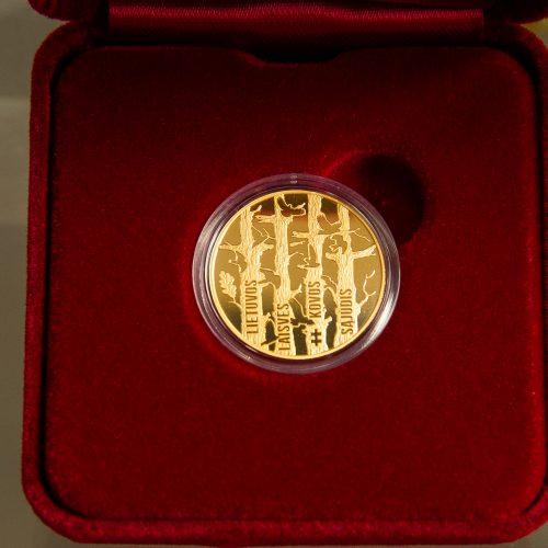 Išleista aukso moneta Lietuvos Sąjūdžiui   © I. Gelūno / Fotobanko nuotr.
