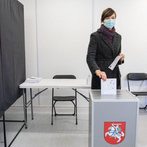 Išankstinis balsavimas: balsuoja partijų lyderiai  © I. Gelūno, T. Biliūno / Fotobanko nuotr.
