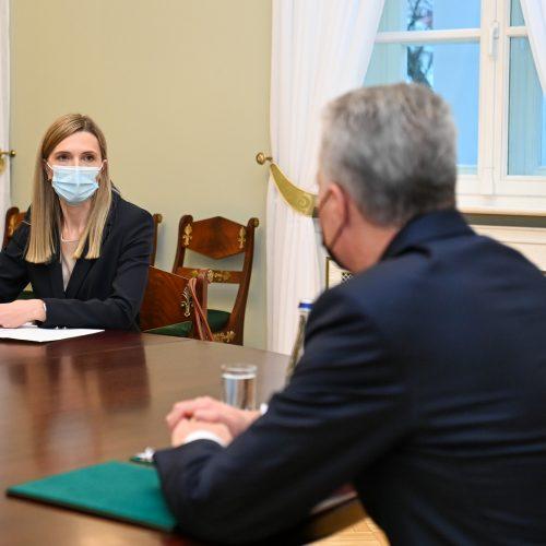 G. Nausėda susitinka su kandidate į ministres A. Bilotaite  © P. Peleckio / Fotobanko, R. Dačkaus / Prezidentūros nuotr.