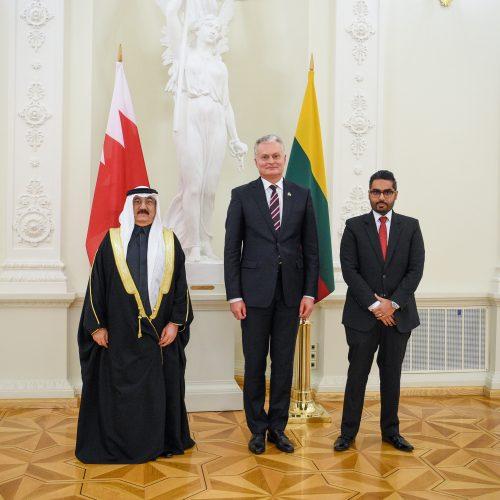 Prezidentas priėmė ambasadorių skiriamuosius raštus