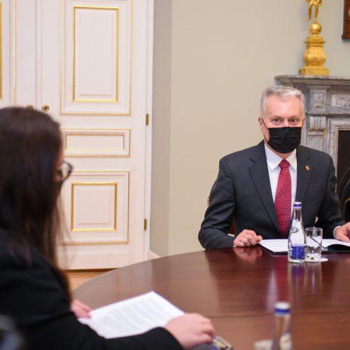G. Nausėdos susitikimas su E. Dobrovolska  © P. Peleckio / Fotobanko, R. Dačkaus / Prezidentūros nuotr.