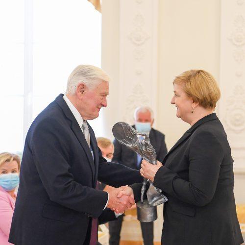 V. Adamkui įteiktas Lenkijos prezidento apdovanojimas