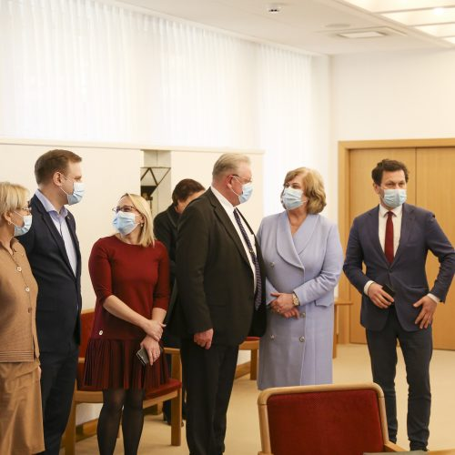 """Seimo """"valstiečiai"""" ir """"darbiečiai"""" pasirašė susitarimą  © M. Morkevičiaus / ELTOS nuotr."""