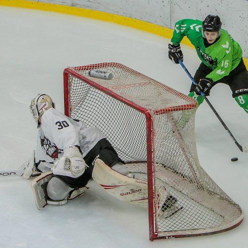 """LLRČ: """"Kaunas Hockey"""" – """"Baltų ainiai"""" 6:1"""