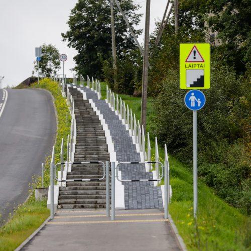 Ramučiuose esančiame dviračių take – laiptai