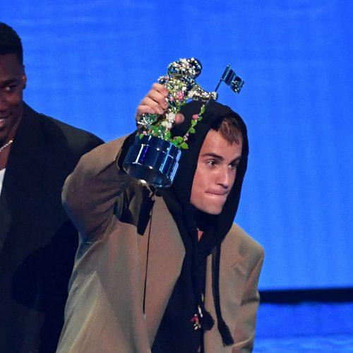 MTV VMA ceremonijoje žibėjo žvaigždės