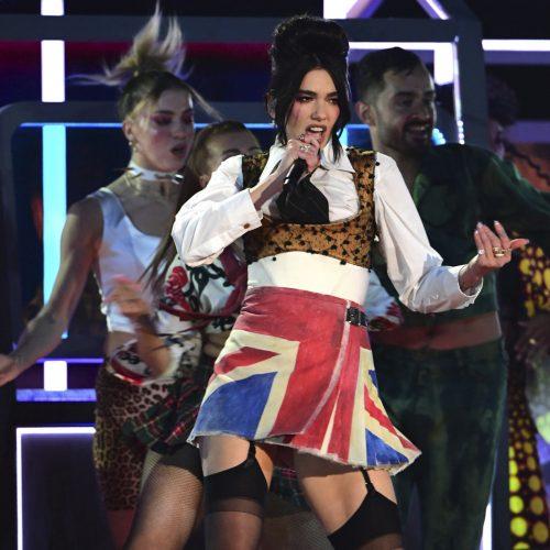 """Per """"Brit Awards"""" ceremoniją už """"Metų albumą"""" pagerbta Dua Lipa"""