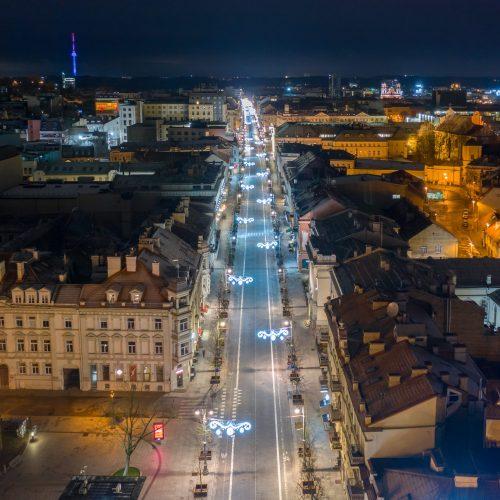 Vilniaus gatvės pasipuošė žiemos šventėms  © S. Žiūros nuotr.