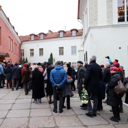 """Atsisveikinimas su E. Nekrošiumi """"Meno Forto"""" salėje  © I. Gelūno/ BFL, Dainiaus Labučio/ELTA  nuotr."""