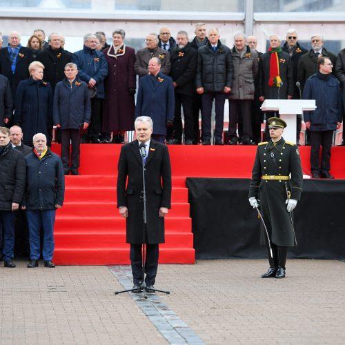 Nepriklausomybės aikštėje plevėsuoja trijų Baltijos valstybių vėliavos