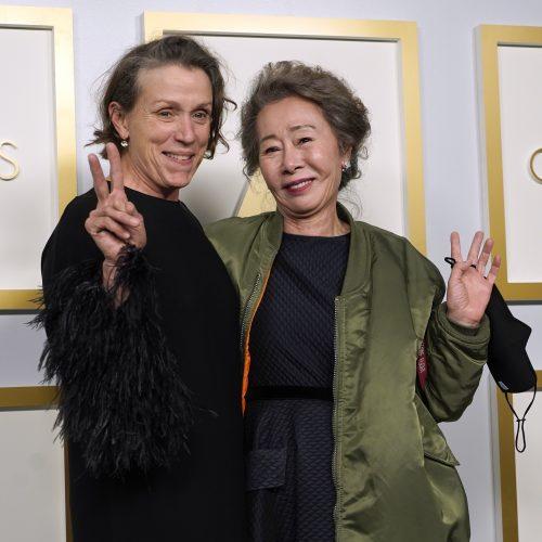 """Los Andžele išdalinti prestižiniai """"Oskarų"""" apdovanojimai"""