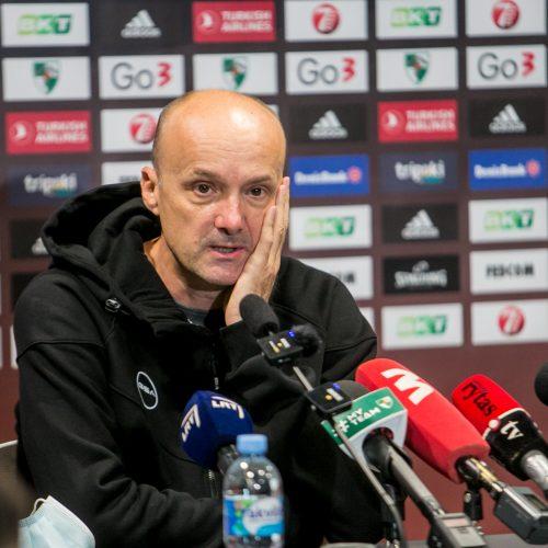 """Spaudos konferencijoje prisistatytas naujasis Kauno """"Žalgirio"""" treneris"""