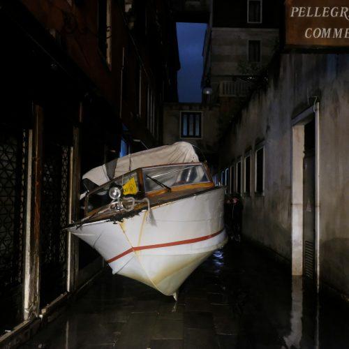 Veneciją užliejo potvynis  © Scanpix nuotr.