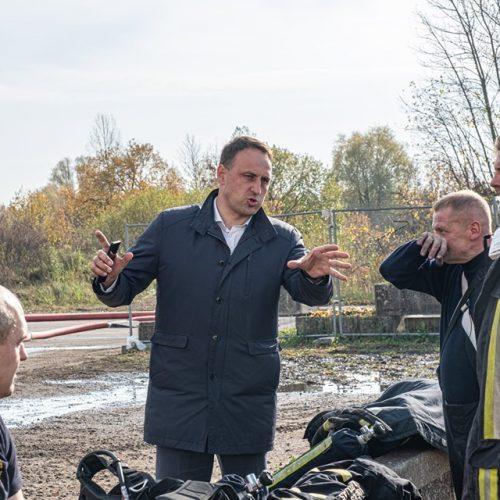 Valstybės ekstremalių situacijų komisija apsilankė Alytaus gaisravietėje  © Alytaus miesto savivaldybės nuotr.