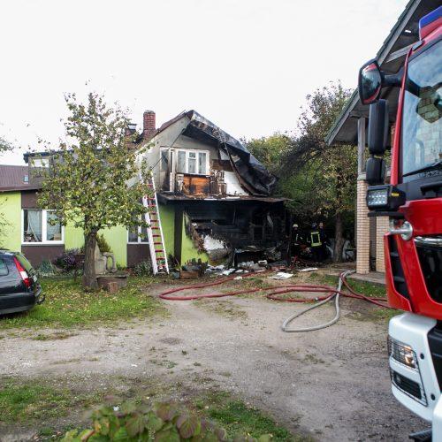 Per gaisrą Kaune nukentėjo du žmonės