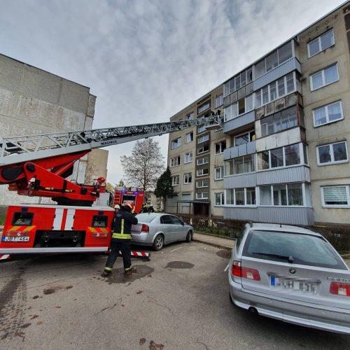Gaisras Partizanų gatvės daugiabutyje  © Eitvydo Kinaičio,