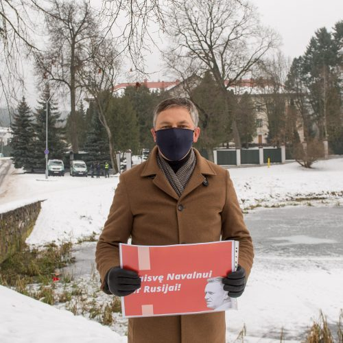 Po A. Navalno sulaikymo – piketas prie Rusijos ambasados Vilniuje  © Butauto Barausko nuotr.