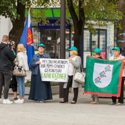 Piketas dėl dalies rajono prijungimo prie miesto  © Laimio Steponavičiaus nuotr.