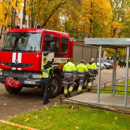 Dėl Kauno daugiabutyje rasto sprogmens – gyventojų evakuacija
