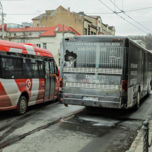 Kauno centre užsidegė autobusas