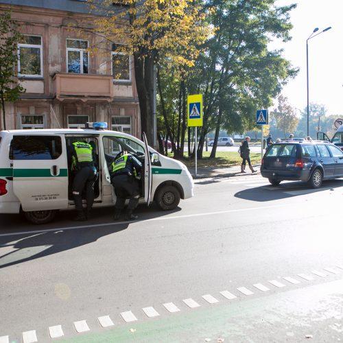 Kauno centre neblaivaus vairuotojo partrenkta pėsčioji  © Vilmanto Raupelio nuotr.