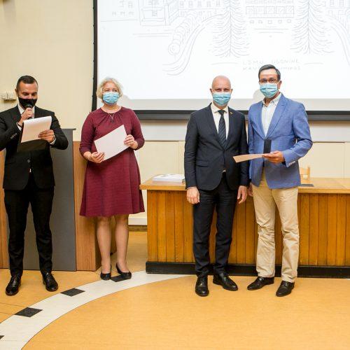 Apdovanojimai COVID-19 medikams Kauno klinikose