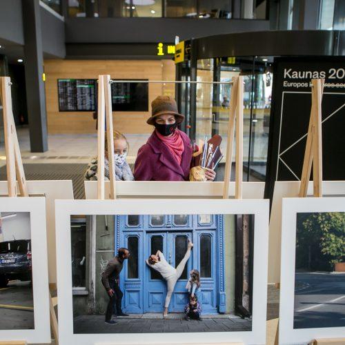 """Kauno choreografijos mokyklos 20-mečiui skirtos parodos """"IšŠok"""" atidarymas   © Vilmanto Raupelio nuotr."""